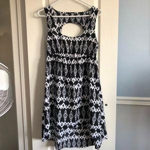 Dresses & Skirts - ✨3 for $20✨Tribal high low hem open back dress